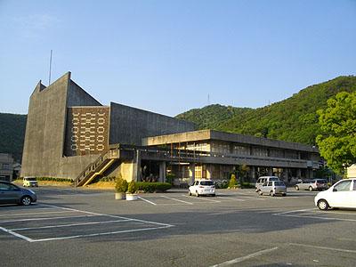 nishiwakic06.jpg
