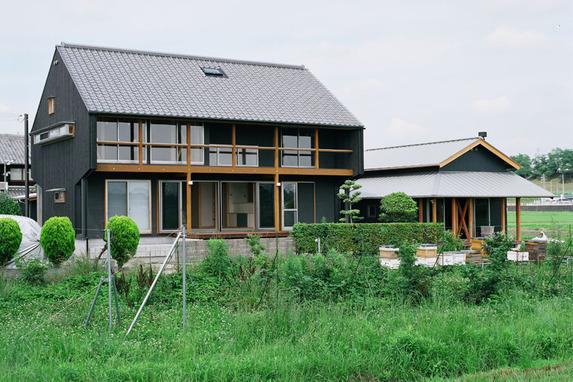 西条の田園住宅群